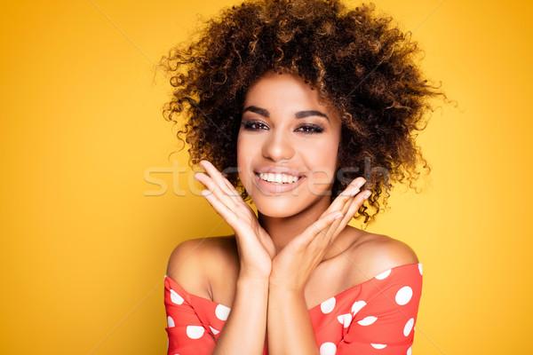 Beauté portrait souriant fille afro jeunes Photo stock © NeonShot