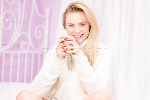Ragazza felice Cup tè felice sorridere bella Foto d'archivio © NeonShot