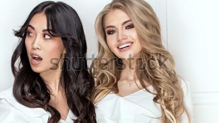 Kettő érzéki lányok pózol együtt gyönyörű Stock fotó © NeonShot