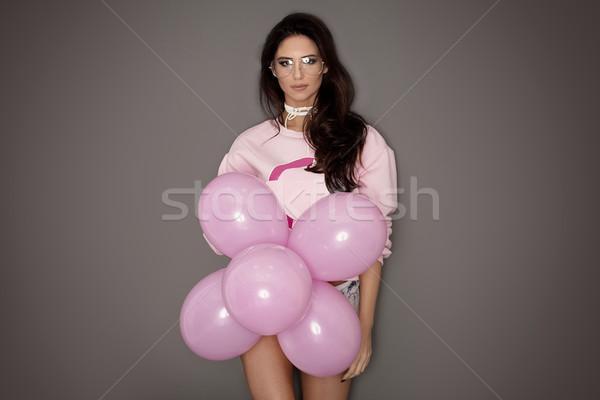 Belle fille posant rose ballons belle Photo stock © NeonShot