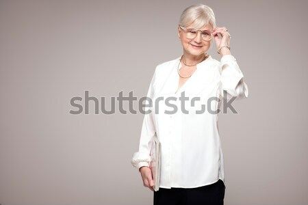 Hermosa dama pelo corto adulto mujer rubia Foto stock © NeonShot