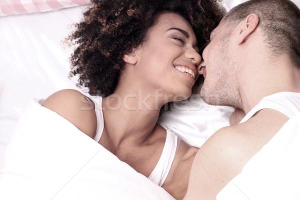 Zdjęcia stock: Szczęśliwy · uśmiechnięty · piękna · bed