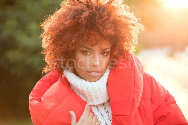 Autunno ritratto african american ragazza outdoor bella Foto d'archivio © NeonShot