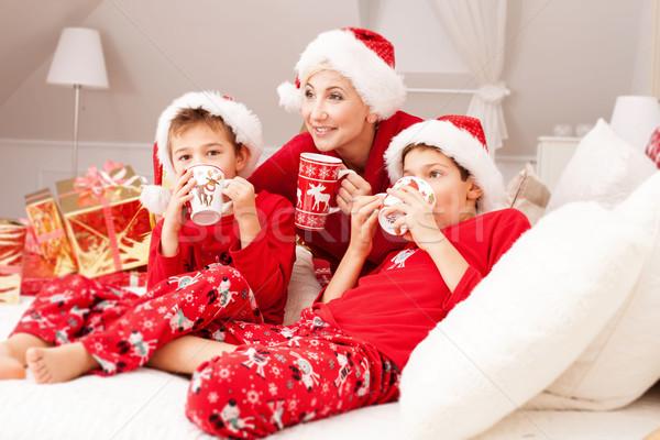 Csinos anya karácsony idő megnyugtató boldogság Stock fotó © NeonShot