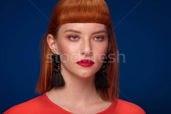 элегантный женщину позируют черный Сток-фото © NeonShot