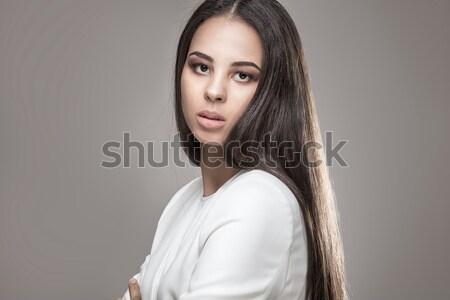 élégante femme cheveux longs glamour maquillage Photo stock © NeonShot