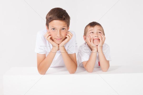 二 小 兄弟 冒充 工作室 全家福 商業照片 © NeonShot