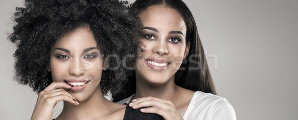 Mosolyog gyönyörű afroamerikai lányok szépség fotó Stock fotó © NeonShot