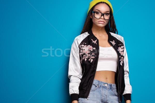 Mode fille jeunes cap Photo stock © NeonShot