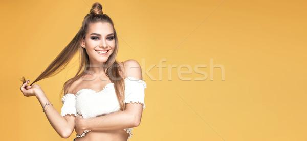 ファッショナブル 少女 黄色 小さな 美しい 白人 ストックフォト © NeonShot
