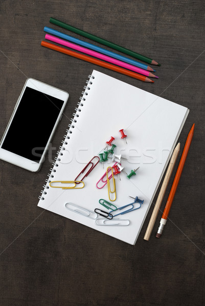 Przybory szkolne pióro farbują tle narzędzia Zdjęcia stock © nessokv