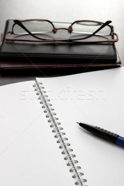 ノートブック 眼鏡 表 ビジネス オフィス ペン ストックフォト © nessokv
