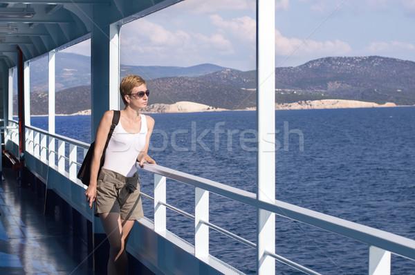 Donna deck traghetto bella donna estate Ocean Foto d'archivio © nessokv