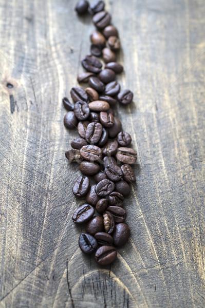 Koffiebonen oude houten tafel koffie concept Stockfoto © nessokv