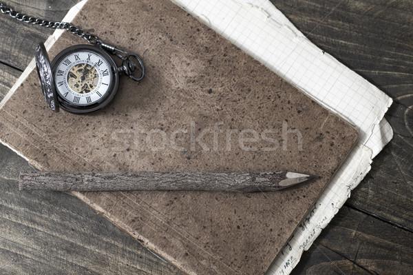 Havlama kapalı kalem Eski kağıt kâğıt ahşap Stok fotoğraf © nessokv