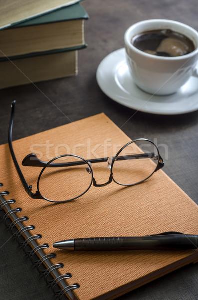 Boeken paar bril Stockfoto © nessokv
