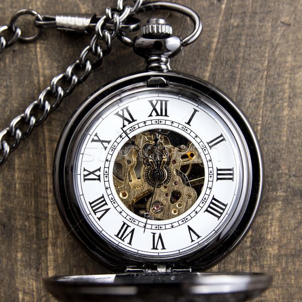 Relógio de bolso grunge mesa de madeira textura livro madeira Foto stock © nessokv