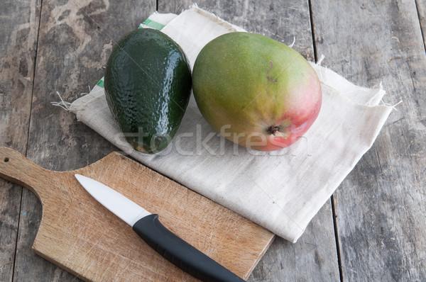Fresco abacate manga fruto mesa de madeira Foto stock © nessokv