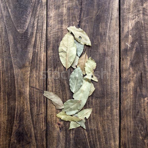 Száraz babérlevél öreg fa deszka konyha asztal Stock fotó © nessokv