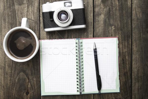 日記 パン カップ コーヒー 木製のテーブル ストックフォト © nessokv