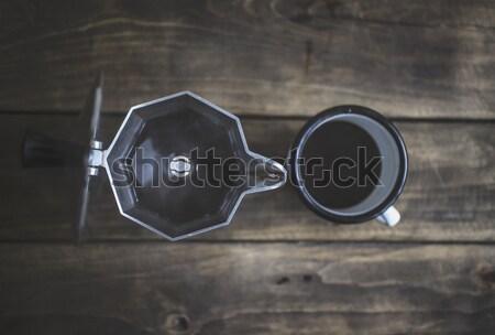 Vintage tasse table en bois métal boire Photo stock © nessokv