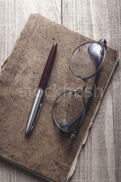 Vieux portable stylo verres bois bureau Photo stock © nessokv