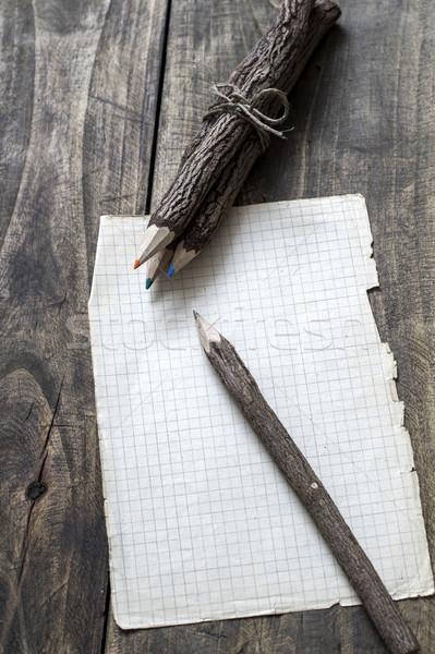 Kory pokryty starego papieru ołówki papieru drewna Zdjęcia stock © nessokv