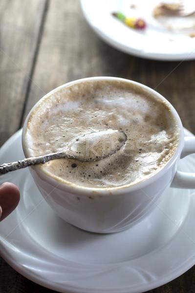 Tasse cappuccino tasse de café café table en bois alimentaire Photo stock © nessokv