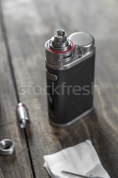 Eletrônico cigarro substituição cabeça Foto stock © nessokv