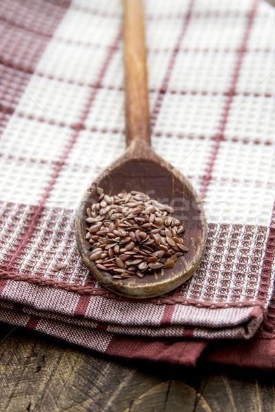 Cuchara de madera semillas mesa de madera madera mesa cuchara Foto stock © nessokv