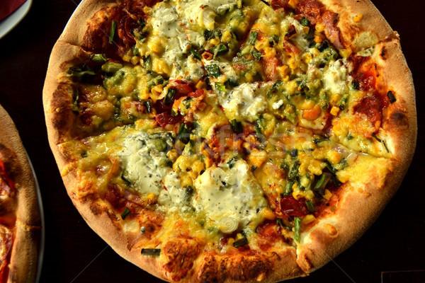 Geheel Italiaans pizza houten tafel ingrediënten vrienden Stockfoto © nezezon