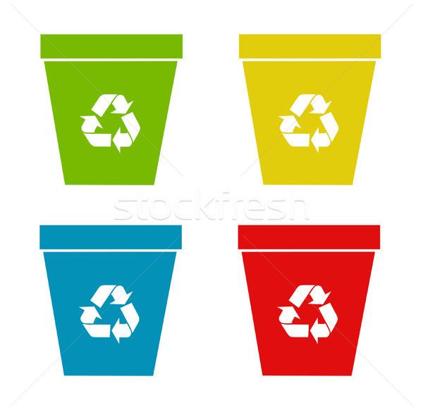 Ayarlamak geri dönüşüm kâğıt Metal yeşil konteyner Stok fotoğraf © nezezon
