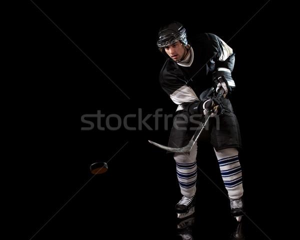 Hockey sobre hielo jugador negro hombre Foto stock © nickp37