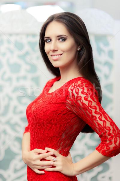Retrato mujer rojo encaje vestido Foto stock © NicoletaIonescu