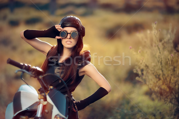 Cosplay steampunk vrouw motorfiets portret post Stockfoto © NicoletaIonescu