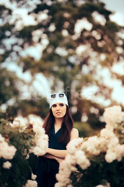 ストックフォト: ファッション · 女性 · 着用 · 頭 · スカーフ · レトロな