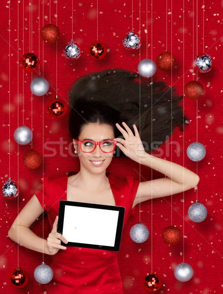 Mutlu Noel kız tablet güzel gülümseyen kadın Stok fotoğraf © NicoletaIonescu