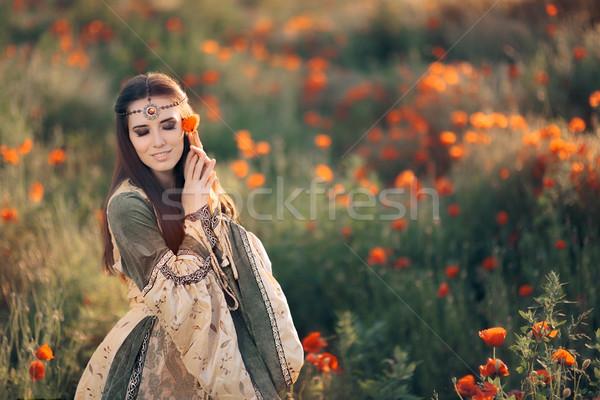 Stock fotó: Gyönyörű · középkori · királynő · álmodozás · természet · hercegnő
