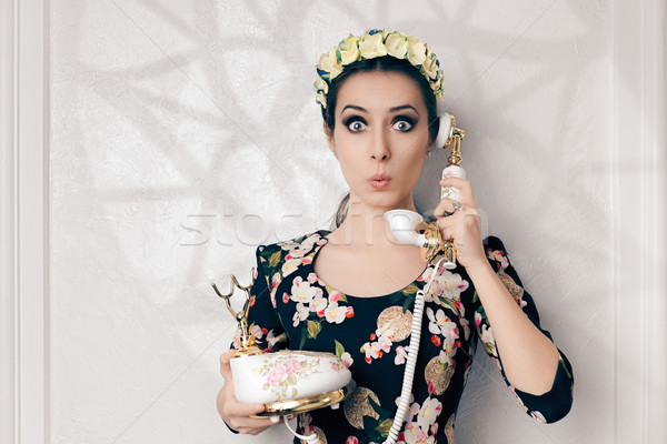 Meglepődött retro nő klasszikus telefon vicces Stock fotó © NicoletaIonescu