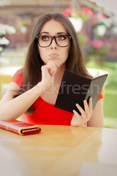 печально женщину ресторан законопроект красивая девушка чувство Сток-фото © NicoletaIonescu