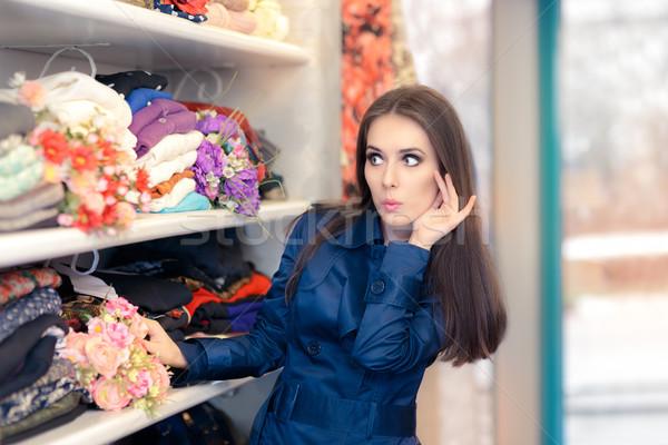 驚いた 少女 青 トレンチ コート ショッピング ストックフォト © NicoletaIonescu