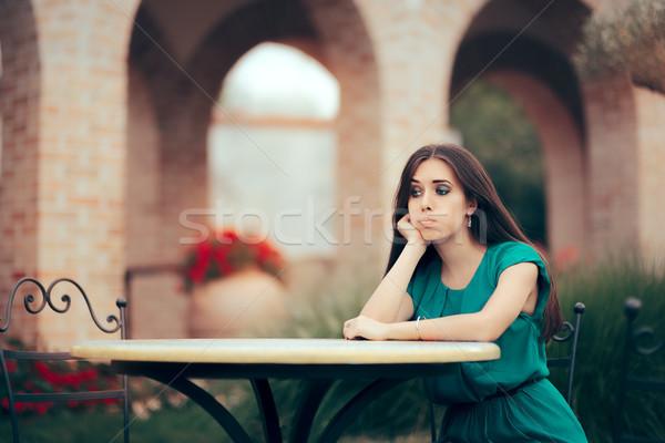 Szomorú nő felfelé randevú étterem csalódott Stock fotó © NicoletaIonescu