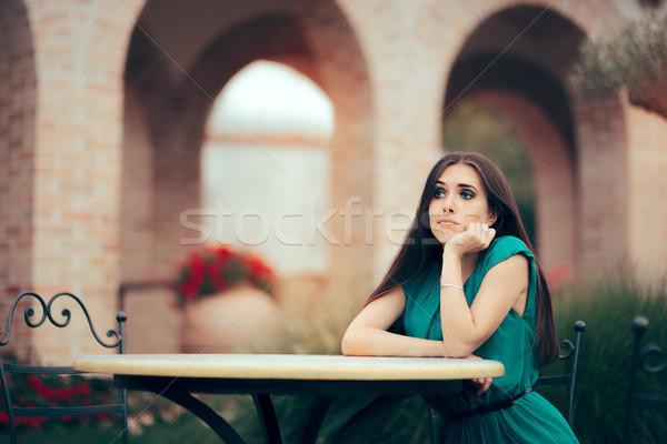 Traurig Frau up Datum Restaurant enttäuscht Stock foto © NicoletaIonescu