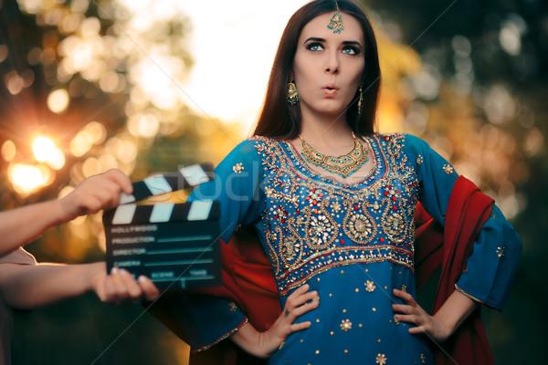 удивленный Болливуд актриса индийской ювелирные Сток-фото © NicoletaIonescu