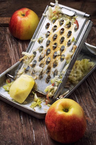 Maduro aromático maçãs salada de frutas processo saúde Foto stock © nikolaydonetsk