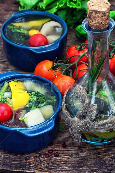 Verão sopa legumes frescos tradicional azul pote Foto stock © nikolaydonetsk
