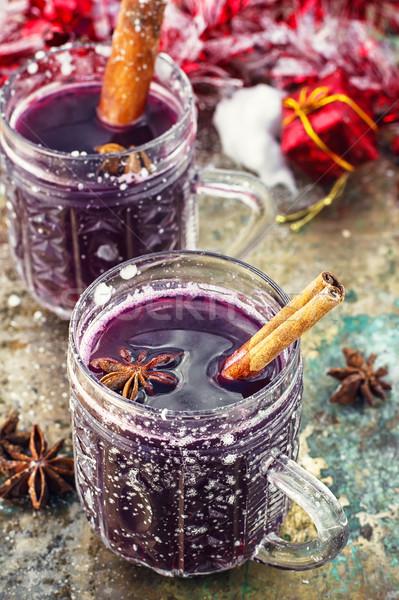 Vidro vinho temperos cristal canela em pau comida Foto stock © nikolaydonetsk