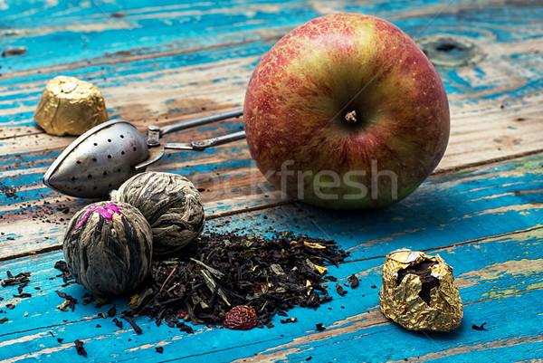 Stockfoto: Thee · bladeren · rode · appel · houten · afbeelding · vintage
