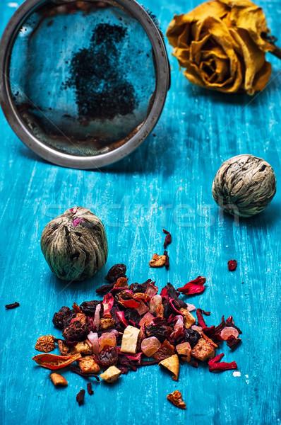 Tea főzet kettő aszalt illatos levelek Stock fotó © nikolaydonetsk