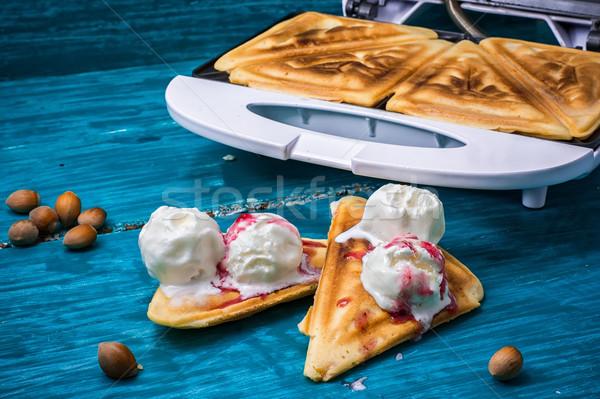 Sült pirítós fagylalt málna lekvár otthon Stock fotó © nikolaydonetsk